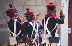 Odbudowa Napoleoński wojsko Napoleoński wojsko zbliża się okop fotografia stock