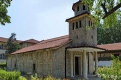 Odbudowujący Bułgarski ortodoksyjny kościół w aktywnym Batkun monasterze Zdjęcie Royalty Free