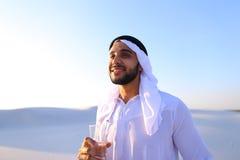 Oddech świeżość męski muzułmanin w środku suchy klimat s Zdjęcie Stock