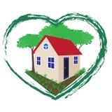 Oddzielny dom w sercu, środowisku i bezpieczeństwie zielonych, Fotografia Stock