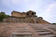 Odegal Basti of basadi, Vindhyagiri-Heuvel, Shravanbelgola, Karnataka Stock Afbeelding