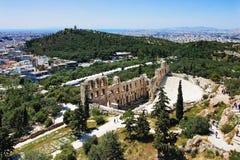 Odeon Herodes und Philopappus des Hügels in Athen Lizenzfreie Stockfotografie
