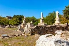 Odeon van Agrippa-standbeelden in Oud Agora van Athene, Griekenland stock foto