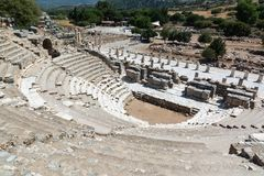 Odeonen Bouleuterion i Ephesus den forntida staden, Selcuk, Turkiet Royaltyfri Fotografi