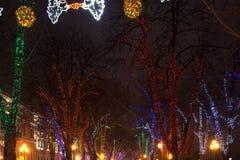 Odesa, Ucrania - enero, 7, 2018: Decoración de la Navidad y del Año Nuevo Imagenes de archivo
