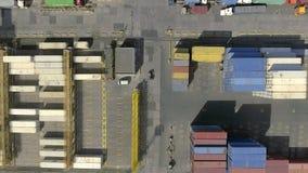 Odessa, de OEKRAÏNE - MEI 6, 2017: Luchtmening over van de overzeese van Odessa de activiteit handelhaven stock footage