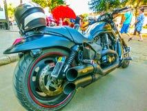 Odessa Ukraina, Jily, - 09, 2017: Dostosowywający motocykle parkujący na Deribasovskaya ulicie w Odessa Zdjęcia Royalty Free