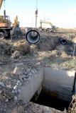 ODESSA UKRAINA - November 9: Ukrainska arbetare på konstruktion Arkivbild