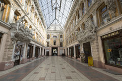 ODESSA UKRAINA, SIERPIEŃ, - 02, 2016: Przejście jest dziejowym bui Zdjęcie Royalty Free