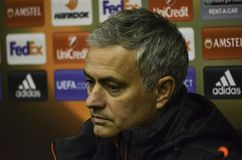 ODESSA, UKRAINE - 8 décembre 2016 : Entraîneur Jose Mourinho à des RP image stock