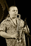 ODESSA, UKRAINE - 5 JUIN : pe d'Oleg Subbotin de saxophoniste (Ukraine) Photographie stock libre de droits
