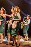 ODESSA, UKRAINE - 17 MARS 2019 : JAZZ de LIBERTÉ lumineux d'exposition de musique Beau jazz-band féminin sur l'étape dans un jazz image stock