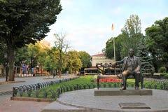 Odessa, Ukraine Monument à Leonid Utiosov, au chanteur célèbre et à l'acteur pendant l'Union Soviétique photos libres de droits