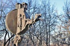 odessa ukraine Monument till apelsinen som lokaliseras nära sjösidan av Odessa royaltyfria bilder