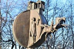 odessa ukraine Monument till apelsinen som lokaliseras nära sjösidan av Odessa royaltyfri fotografi