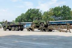 ODEUR DE RENFERMÉ militaire allemande 2,5 de chariot élévateur sur une remorque à la journée 'portes ouvertes' dans le burg de ca photos libres de droits
