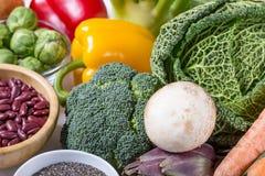 Odgórny widok wybrani zdrowi i czyści foods zdjęcia royalty free