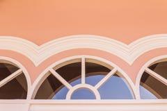 Odgórna część okno na górze drzwi portugalczyka architektoniczny styl Zdjęcie Royalty Free