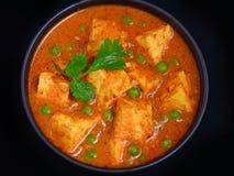 Odgórnego widoku matar paneer, groch chałupy sera curry lub Obraz Stock