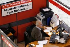 Odgórny strzał podatku planowania centre wśrodku zakupy centrum handlowego obrazy stock