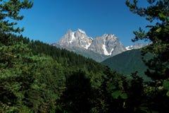 Odgórny Ushba w Kaukaz Zdjęcia Royalty Free