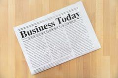 Odgórny widok biznesowa gazeta obrazy stock
