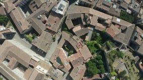 Odgórny widok dachy w starym Girona miasteczku, Catalonia zbiory wideo