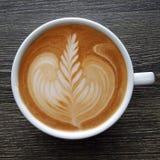 Odgórny widok kubek latte sztuki kawa Fotografia Royalty Free