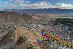 Odgórny widok Leh miasto przy zmierzchem, Ladakh, Jammu Kaszmir, India Zdjęcie Stock