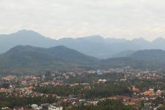 Odgórny widok Luang Prabang od Phousi góry Fotografia Stock