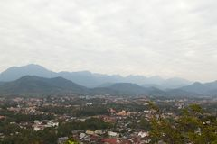 Odgórny widok Luang Prabang od Phousi góry Zdjęcia Stock