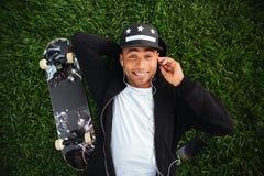 Odgórny widok młody uśmiechnięty afrykański męski nastolatek Fotografia Stock