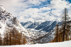 Odgórny widok nad Val d'Isere Fotografia Stock