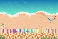 Odgórny widok plaża w wakacje letni pojęciu zdjęcia stock