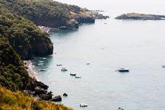 Odgórny widok plaże Maratea w Basilicata obrazy royalty free