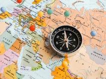 Odg?rny widok Planowa? wycieczki lub przygody podr??y planowanie marzy mapa ?wiata samochodowej miasta poj?cia Dublin mapy ma?a p fotografia royalty free