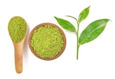 Odgórny widok prochowa zielona herbata i zielona herbata leaf na whit Zdjęcia Stock