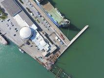 Odgórny widok quay Novorossiysk i marina miejski krajobrazu Zdjęcia Stock
