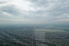Odgórny widok rolniczy pola zakrywający z śniegiem Obraz Stock