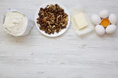 Odgórny widok, składniki dla robić ciastku Od above, mieszkanie nieatutowy zdjęcia royalty free
