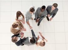 Odgórny widok Spotkanie partnery biznesowi w biurze zdjęcia stock