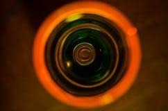 Odgórny widok szklany kubek ciecz na stole, zamyka up obraz stock