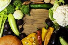Odgórny widok zdrowy karmowy tło z kopii przestrzenią Zdrowy karmowy pojęcie z świeżymi warzywami zdjęcia stock