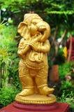 odizolowywający ceramiczny słoń Obrazy Royalty Free