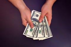 odjąć pieniądze mężczyzny Obraz Stock