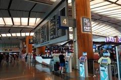 Odjazd deska w Terminal 3 przy Changi lotniskiem Zdjęcia Royalty Free