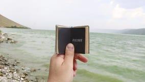 Odkrywa, podróży lub podróży comcept, zdjęcie wideo