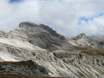 Odle Puez自然公园,白云岩阿尔卑斯,意大利的山脉 免版税库存图片