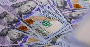 Odliczająca dolar gotówka zbiory