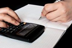 odliczająca kalkulator kobieta Obrazy Stock